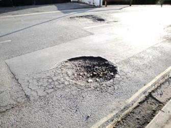nh+pothole-